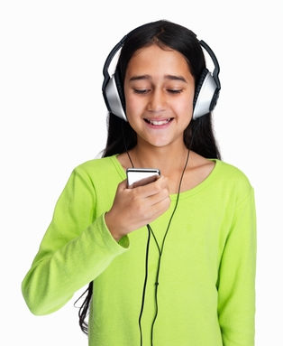Girl-with-headphones2.jpg