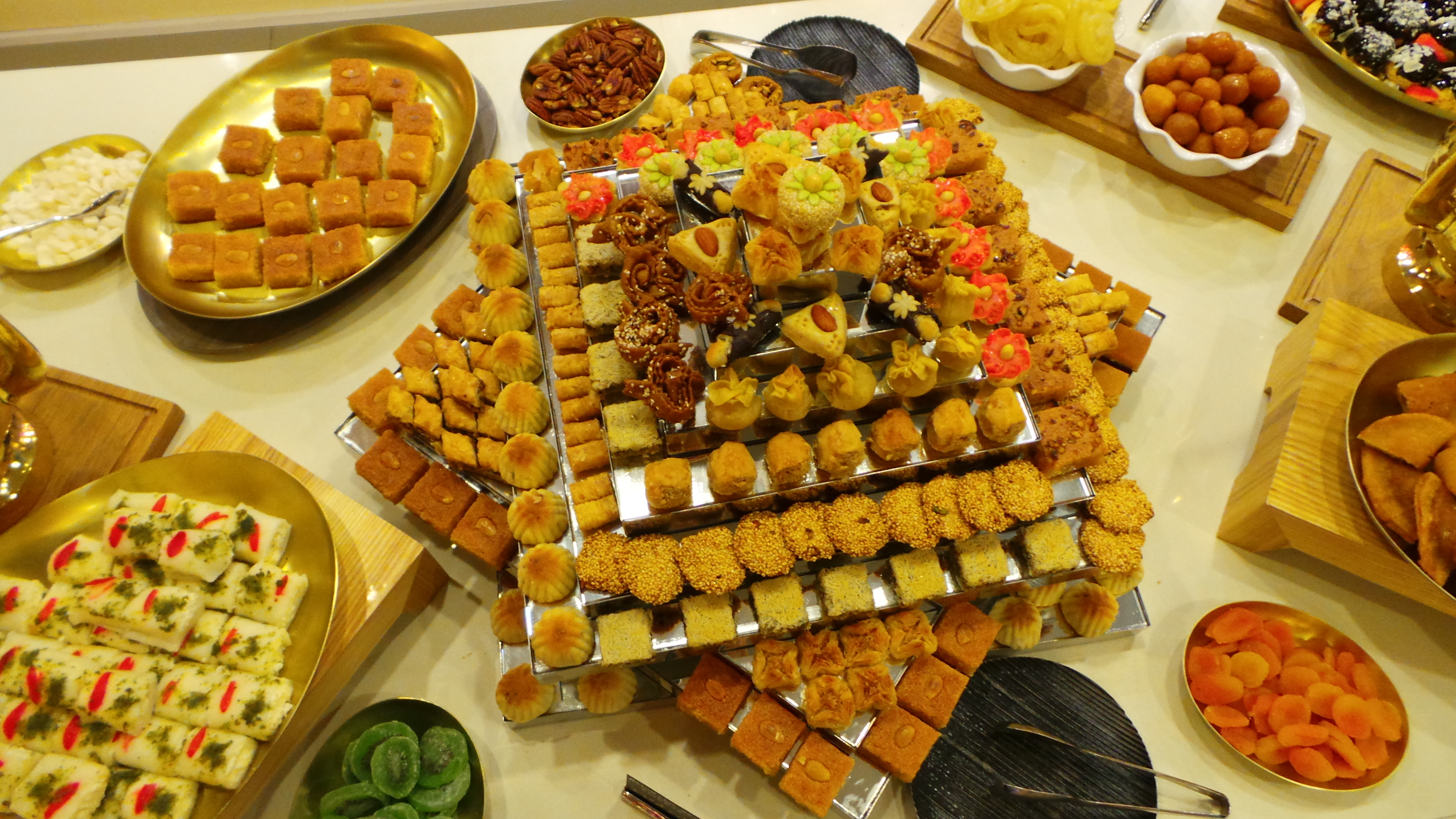 Most Inspiring Indian Eid Al-Fitr Feast - Sweets  Pictures_1084100 .jpg